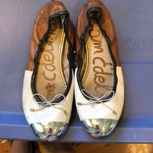 Sam Edelman Flats - White, brown & black